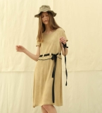 香槟卡其收腰系带短袖连衣裙