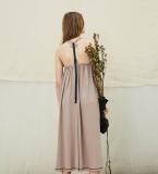 藕粉色露背沙滩裙