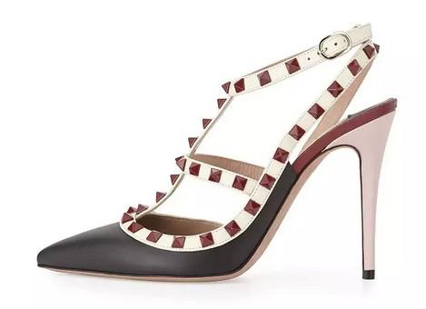 Valentino铆钉鞋 轻摇滚 的魅力迷倒众生