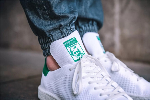 adidas Originals 推出 Primeknit 版 Stan Smith BOOST