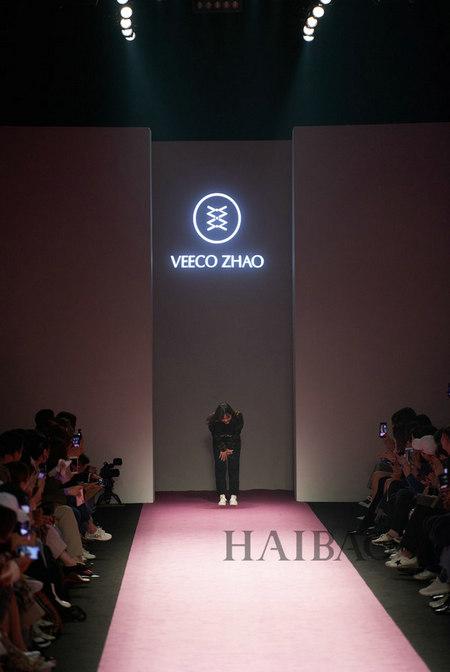 设计师品牌VEECO ZHAO 2019秋冬系列发布会(图18)