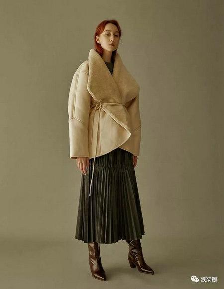 秋冬面料趋势 抓绒、长绒毛、柔软面料让时尚更舒适(图4)