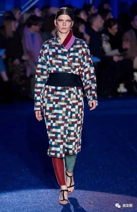 流行趋势 以织锦缎花型为灵感的复古主题,你喜欢吗?(图12)