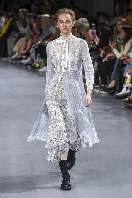 印花趋势 19年前 Dior 的报纸印花逆袭成时尚宠儿 (图12)