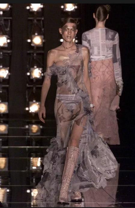 印花趋势 19年前 Dior 的报纸印花逆袭成时尚宠儿 (图9)