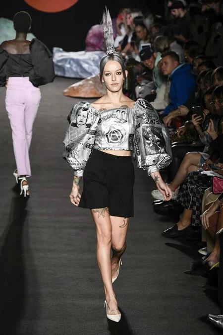 印花趋势 19年前 Dior 的报纸印花逆袭成时尚宠儿 (图23)