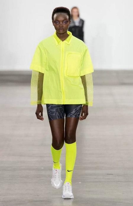 柠檬糖色 2020春夏女装流行色(图2)