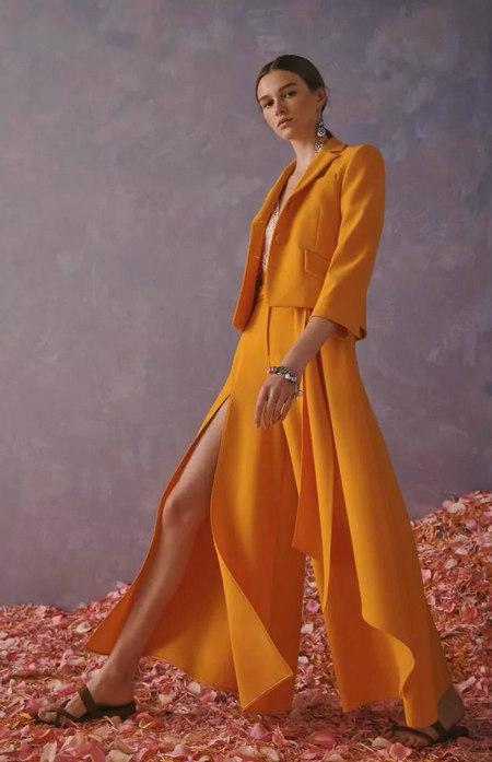 柠檬糖色 2020春夏女装流行色(图1)