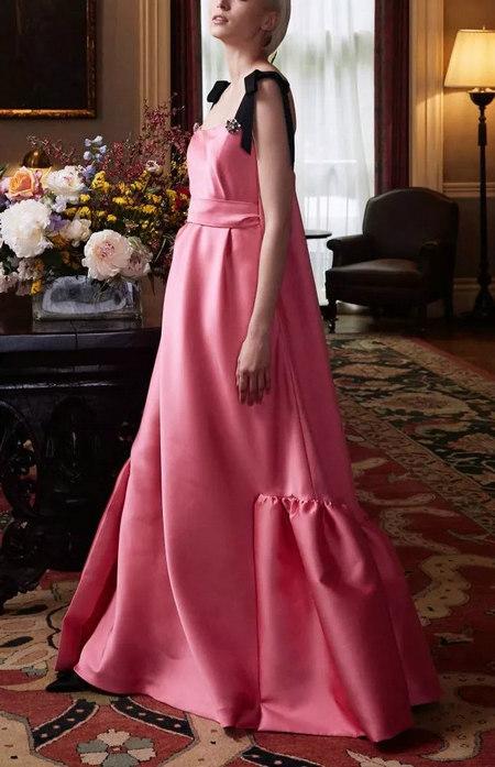 摩登粉色 2020春夏女装流行色(图16)