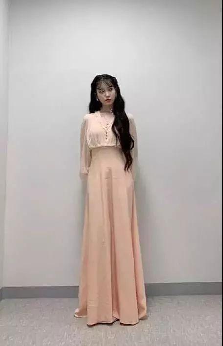 2集换18套衣服的女主,我只服IU!