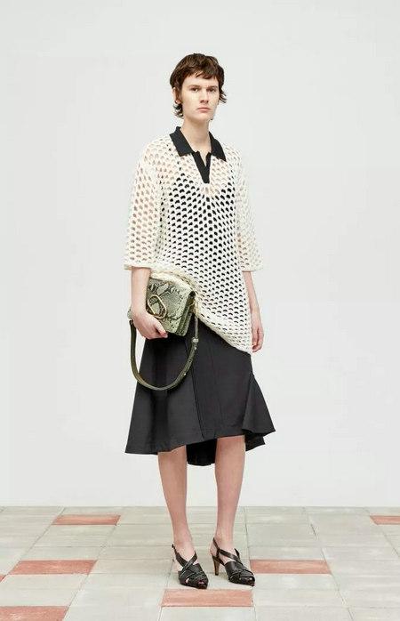 女装单品流行趋势 喇叭半身裙,尽显你的女人魅力(图17)
