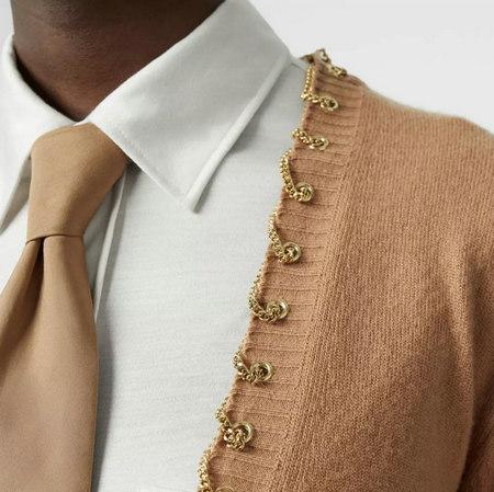 细腻 从多变的领间设计,看女装毛衫工艺趋势(图18)