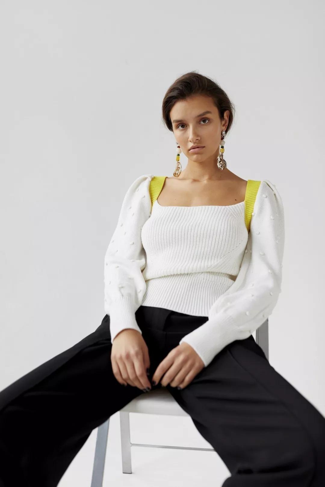 细腻 从多变的领间设计,看女装毛衫工艺趋势(图14)