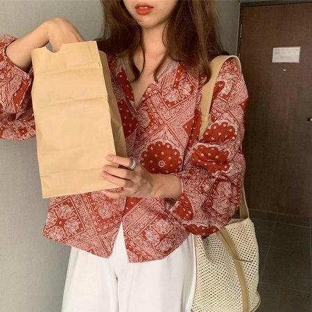 衬衫+奶奶裤,秋天超慵懒时髦风穿搭(图44)