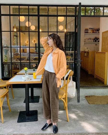 衬衫+奶奶裤,秋天超慵懒时髦风穿搭(图39)