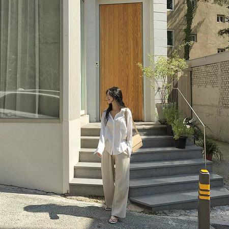 衬衫+奶奶裤,秋天超慵懒时髦风穿搭(图26)
