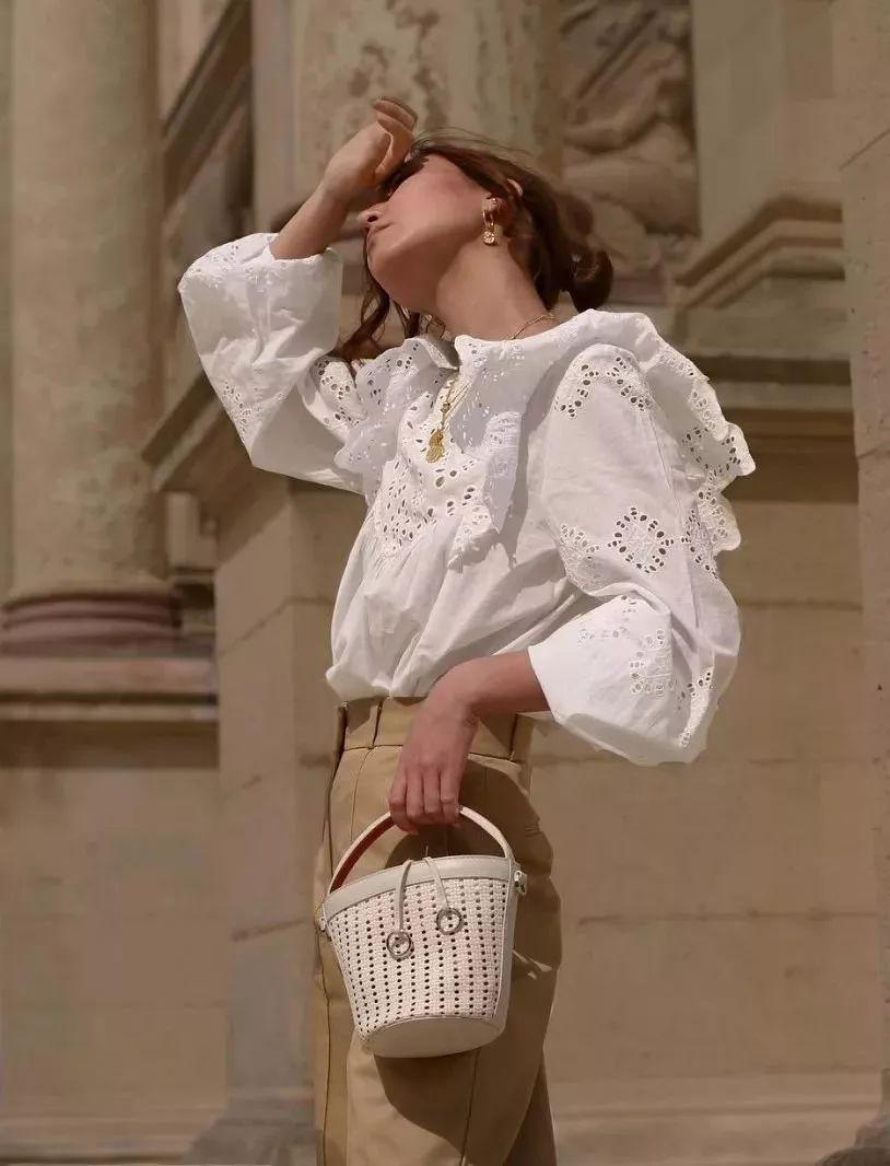衬衫+奶奶裤,秋天超慵懒时髦风穿搭(图54)