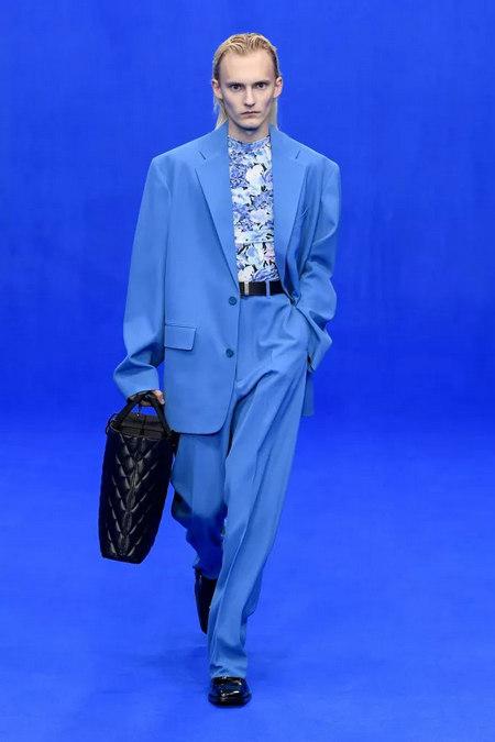 2020春夏流行复古风 80年代服装 重回时尚舞台(图7)
