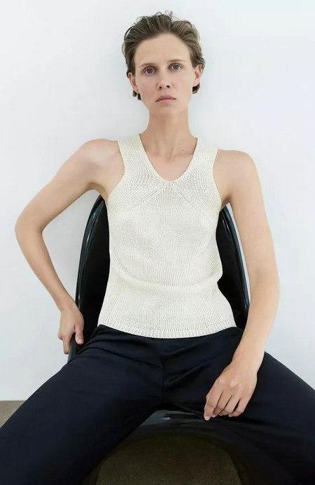 流行趋势 2021春夏哪些针织衫是主流单品?(图30)