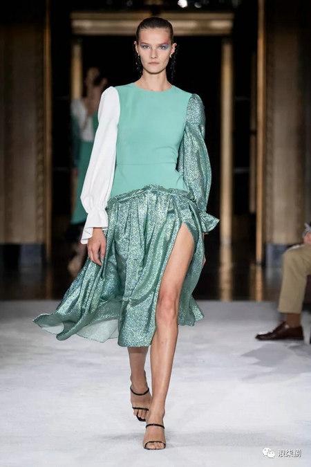 女装流行元素 褶皱,让你的设计简约不简单(图4)