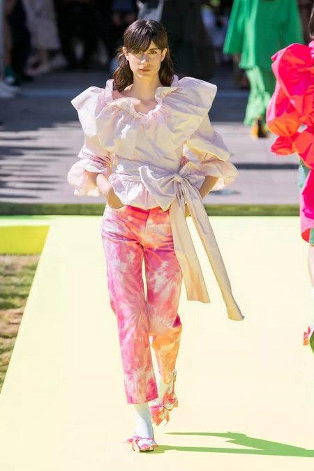 女装流行趋势 2020春夏女装梭织上衣流行趋势分析(图26)