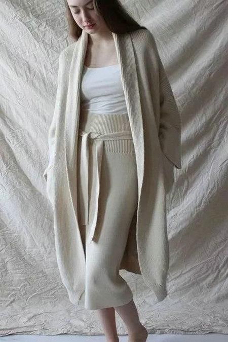 2020秋冬女士针织设计趋势 束腰设计(图31)