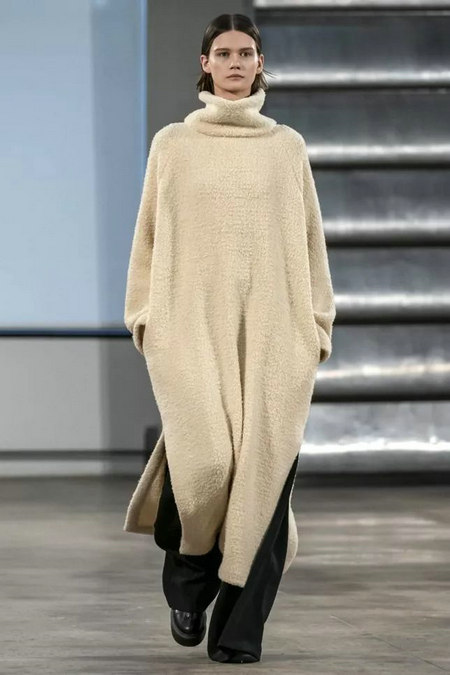 针织连衣裙 秋冬舒适的女装单品流行趋势(图1)