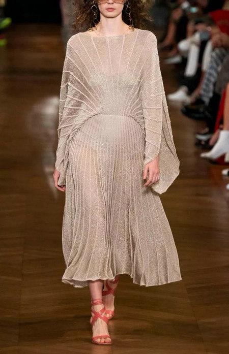 针织连衣裙 秋冬舒适的女装单品流行趋势(图18)