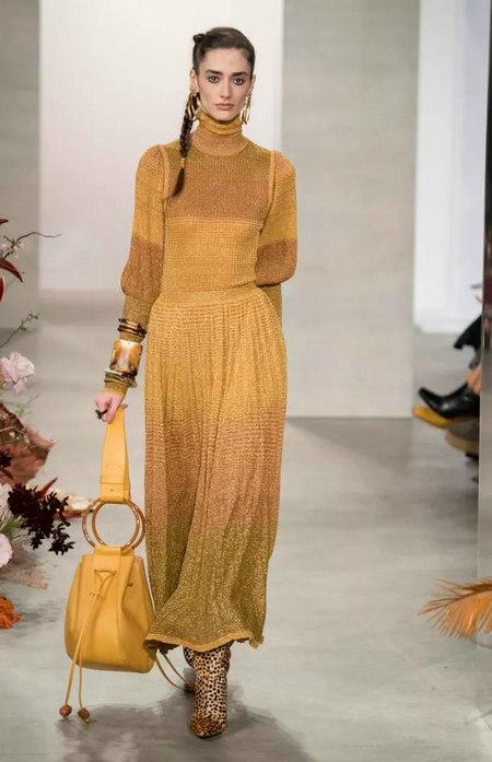 针织连衣裙 秋冬舒适的女装单品流行趋势(图8)