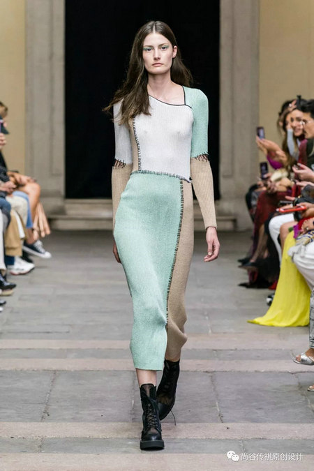 2020春夏女装流行元素 时装周的流行趋势(图23)