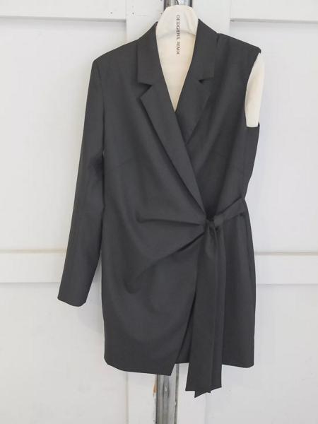 2020春夏女装单品趋势分析―夹克 & 外套(图13)