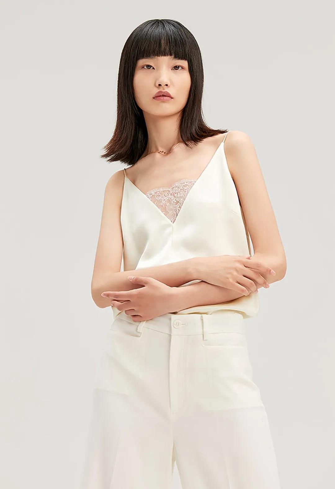 2021春夏中国女装流行趋势 上衣(图31)