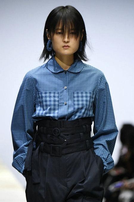 2021春夏中国女装流行趋势 上衣(图40)