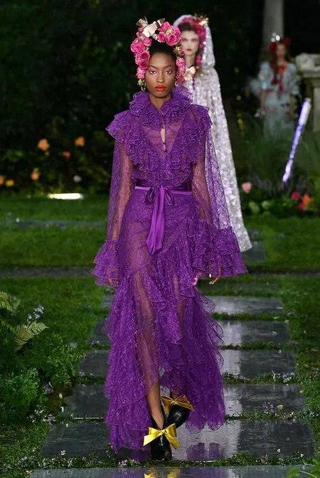 又仙又酷,年度最惊艳的流行色紫色来啦!(图26)