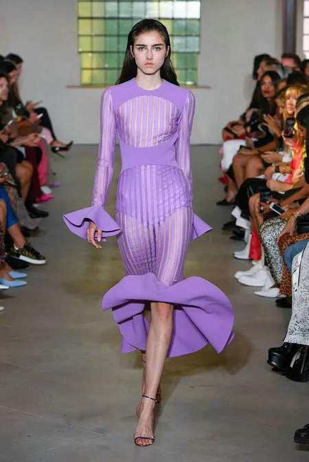 又仙又酷,年度最惊艳的流行色紫色来啦!(图25)