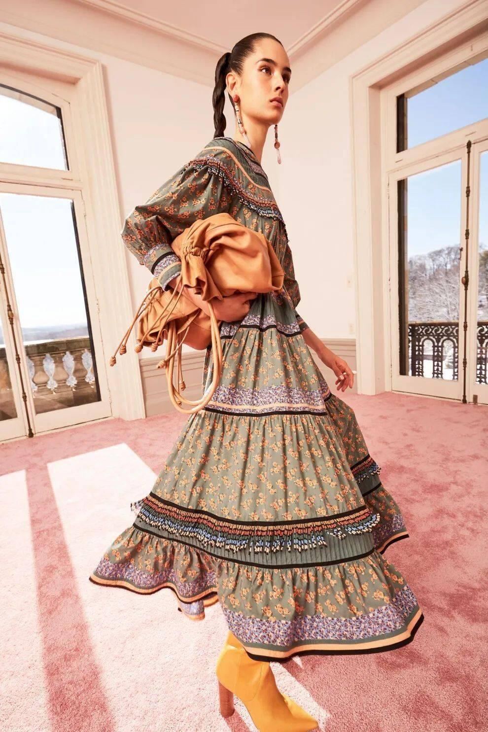 现在可以穿的2020秋冬连衣裙