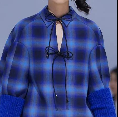 女装流行元素分析 蝴蝶结元素在服装设计中的运用(图15)