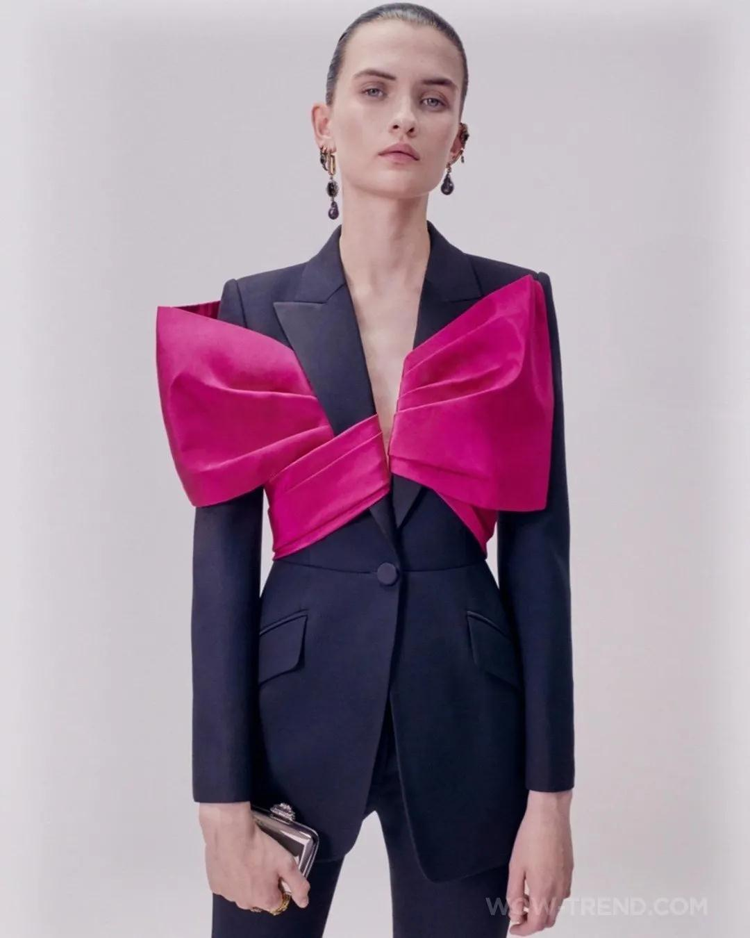 女装流行元素分析 蝴蝶结元素在服装设计中的运用(图25)