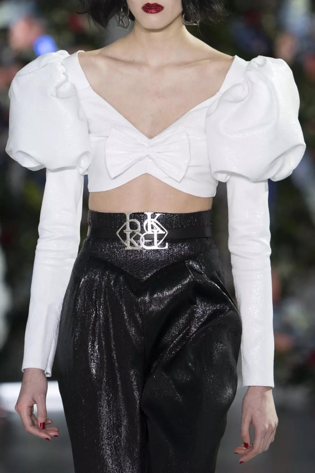 女装流行元素分析 蝴蝶结元素在服装设计中的运用(图36)