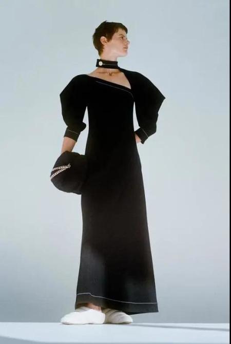 秋冬女装细节趋势 这8种领型设计让你的款式大不相同(图6)