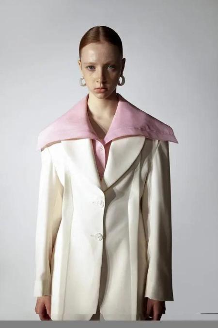 秋冬女装细节趋势 这8种领型设计让你的款式大不相同(图29)