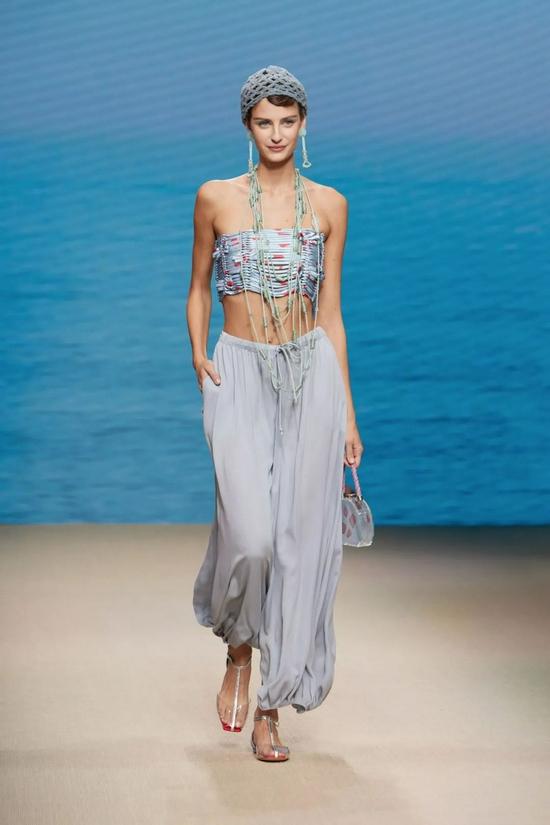 Giorgio Armani2022春夏女装系列