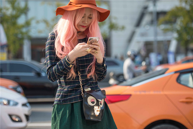 十月首尔时装周场外街拍第一辑 (1/11)