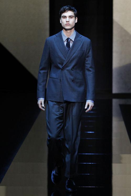 服装设计大师阿玛尼