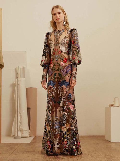 麦昆服装设计手绘图