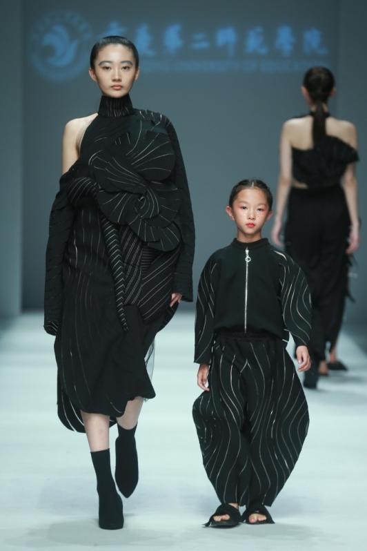 cfw服装设计网 资讯 中国国际大学生时装周 > 2017中国国际大学生时装