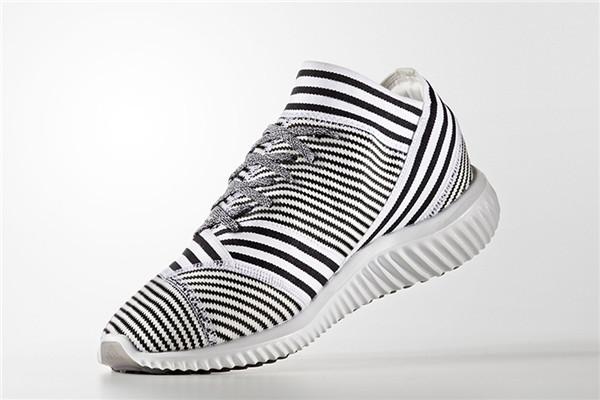 adidas 推出新世代足球鞋 NEMEZIZ 的休闲版本 (1/4)插图1