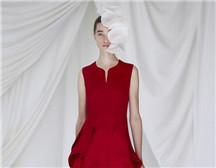 温婉柔美的多面之美| Delpozo 2019春夏女装秀