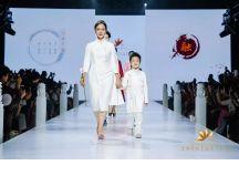 北京时装周 | 清君华服让世界爱上东方时尚