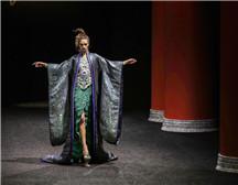 巴黎高定时装周  GUO PEI 郭培2019春夏高定系列《东-宫》